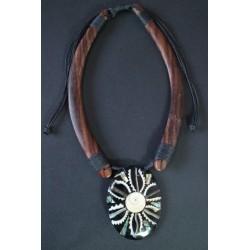 Collar Madera Abalon 13
