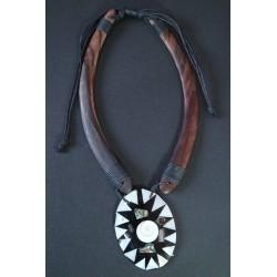 Collar Madera Abalon 19