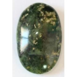 Piedra Ranurada Cabujon Nefrita Oval